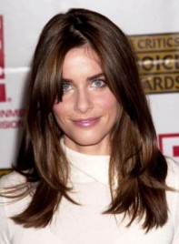 file_58645_amanda-peet-long-bangs-straight-brunette-275