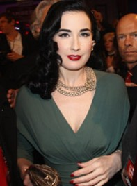 file_20_6374_what-wear-black-hair-dita-von-teese-08