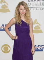 file_27_6332_best-clothes-blondes-taylor-swift-4