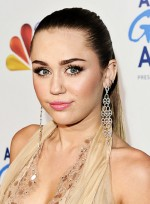 file_3188_miley-cyrus-long-ponytail-sophisticated-party
