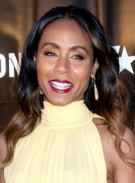 file_3267_jada-pinkett-smith-long-brunette-wavy-romantic-hairstyle-275