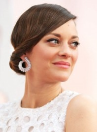 file_3291_Marion-Cotillard-Medium-Brunette-Chic-Updo-Hairstyle-275