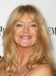 file_3490_goldie-hawn-long-bangs-straight-sophisticated-blonde-275