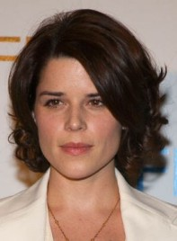 file_3590_neve-campbell-curly-romantic-275