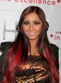 file_3724_nicole-snooki-polizzi-long-highlights-layered-black-red-275
