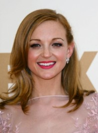file_3762_jayma-mays-medium-wavy-layered-red-275