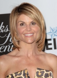 file_3855_lori-loughlin-medium-formal-sophisticated-short-bob-hairstyle-275