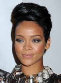 file_4086_rihanna-short-updo-275
