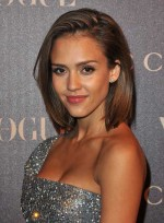 file_4175_jessica-alba-bob-short-highlights-bob-straight-tousled-sexy-brunette