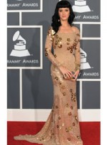 file_41_6374_what-wear-black-hair-katy-perry-07