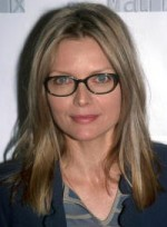 file_43_6344_hot-frames-face-shape-michelle-pfeiffer-12