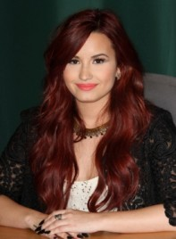 file_4476_demi-lovato-long-sophisticated-red-275