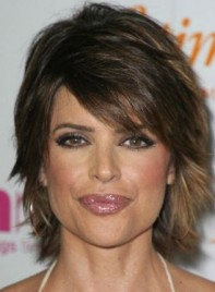 file_4527_lisa-rinna-short-bangs-275