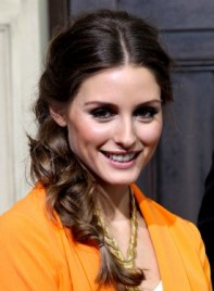 file_4724_olivia-palermo-long-brunette-tousled-hairstyle-braids-twists-275