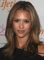 file_4826_jessica-alba-layered-heart