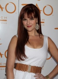 file_5000_sara-rue-long-bangs-straight-romantic-red-275