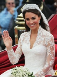file_5048_kate-middleton-long-romantic-wedding-brunette-275