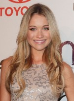 file_5304_katrina-bowden-long-wavy-sophisticated-blonde