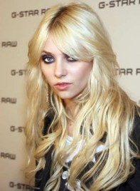 file_5376_taylor-momsen-long-tousled-sexy-275