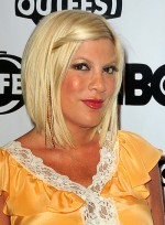file_5508_tori-spelling-medium-straight-blonde