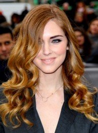 file_5673_chiara-ferragni-long-curly-romantic-chic-hairstyle-275