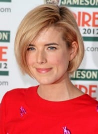 file_5743_agyness-deyn-medium-chic-edgy-bob-hairstyle-275