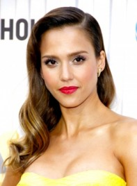 file_5769_jessica-alba-long-formal-romantic-wavy-hairstyle-275