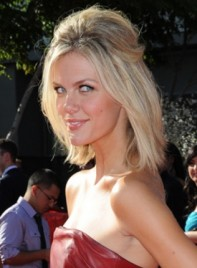 file_5882_brooklyn-decker-medium-straight-half-updo-blonde-275