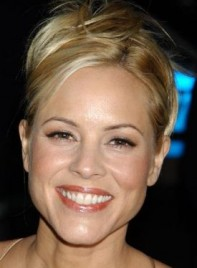 file_58863_maria-bello-updo-tousled-blonde-275
