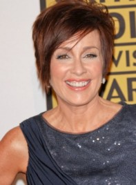 file_58923_patricia-heaton-short-straight-layered-edgy-brunette-275