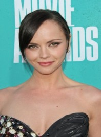 file_59033_christina-ricci-chic-black-sophisticated-updo-hairstyle-275