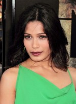 file_5912_frieda-pinto-sophisticated-black