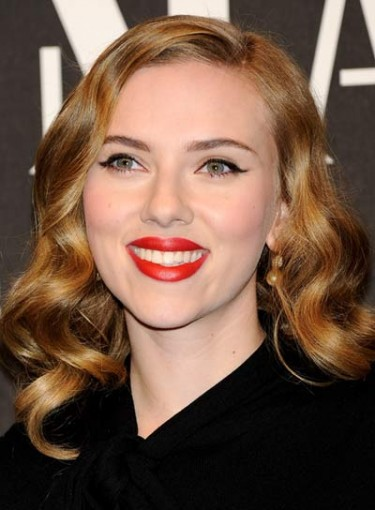 Copy Scarlett Johansson's Look