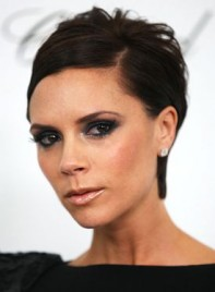 file_6370_victoria-beckham-hot-hair-XL-275
