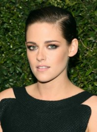 file_66934_Kristen-Stewart-Short-Straight-Brunette-Edgy-Hairstyle-275