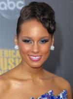file_34_6541_worst-makeup-trends-alicia-keys-07