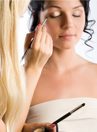Prom Makeup Look: Get it Professionaly Done