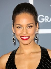 file_59133_alicia-keys-chic-short-straight-sophisticated-hairstyle-275