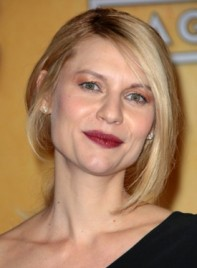 file_59180_claire-danes-straight-blonde-romantic-updo-hairstyle-275