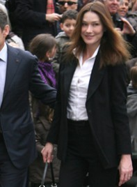 file_20_7181_must-have-wardrobe-essentials-carla-bruni-05