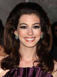 anne hathaway fall trends