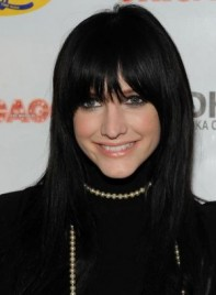 file_32_7291_celebrity-hair-color-addiction-ashlee-simpson-black-09