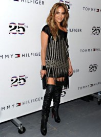file_3_7331_celebrities-at-fashion-week-jennifer-lopez-02