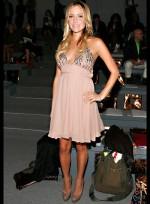 file_61_7331_celebrities-at-fashion-week-kristin-cavallari-12