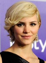 file_7271_ways-to-style-short-hair-THUMB-275