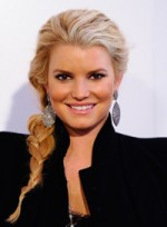 file_79_7741_ways-to-style-long-hair-jessica-simpson-07