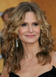file_59441_kyra-sedgwick-long-curly-blonde-275