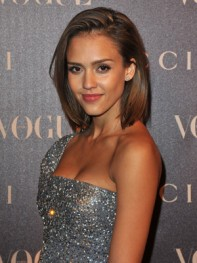 file_2_8291_best-celebrity-bob-hairstyles-jessica-alba-01