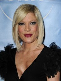 file_48_8291_best-celebrity-bob-hairstyles-tori-spelling