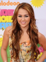 file_18_8561_wavy-hairstyles-miley-cyrus-06
